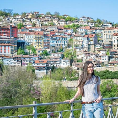 Girl in Veliko Tarnovo