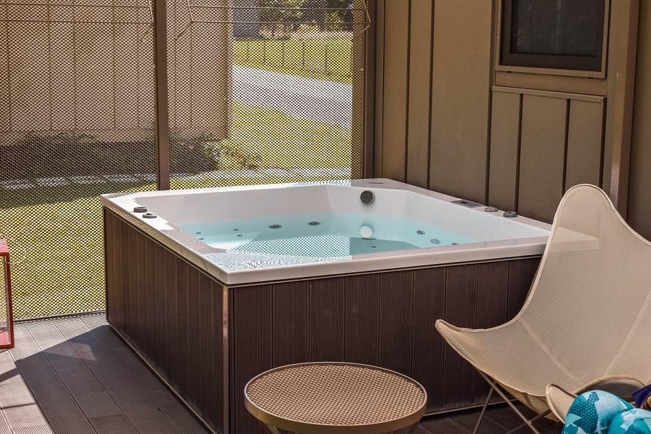 Luxury glamping at Big Berry Slovenia hot tub