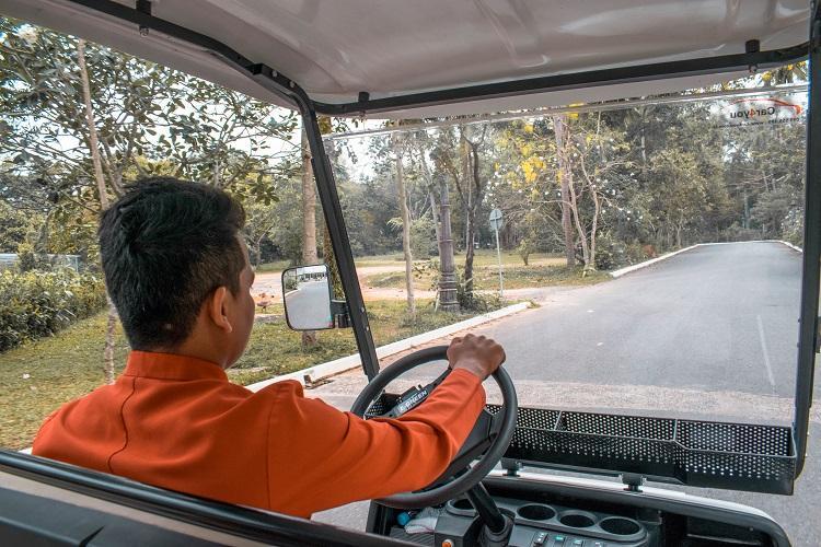 Independece Hotel Sihanoukville driver