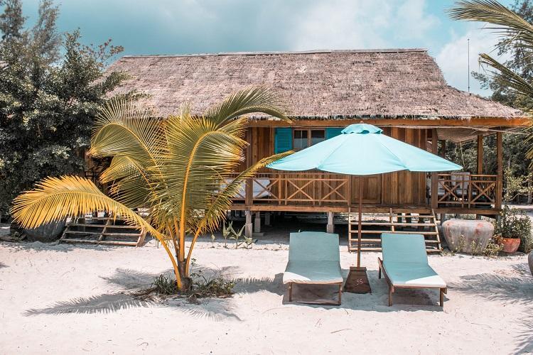 Sok San Beach Resort white beach in Koh Rong
