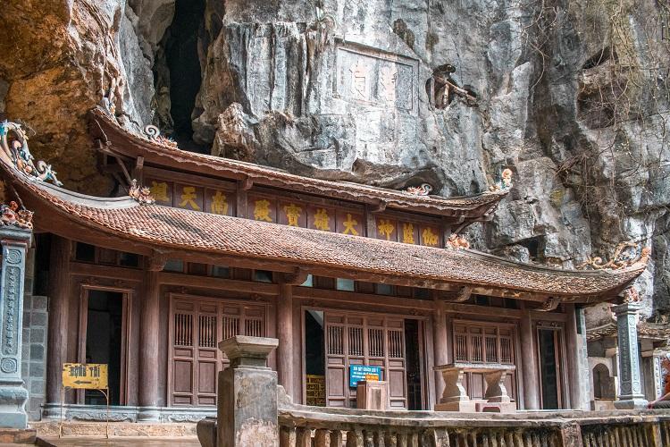 Wooden Bich Dong Pagoda Ninh Binh