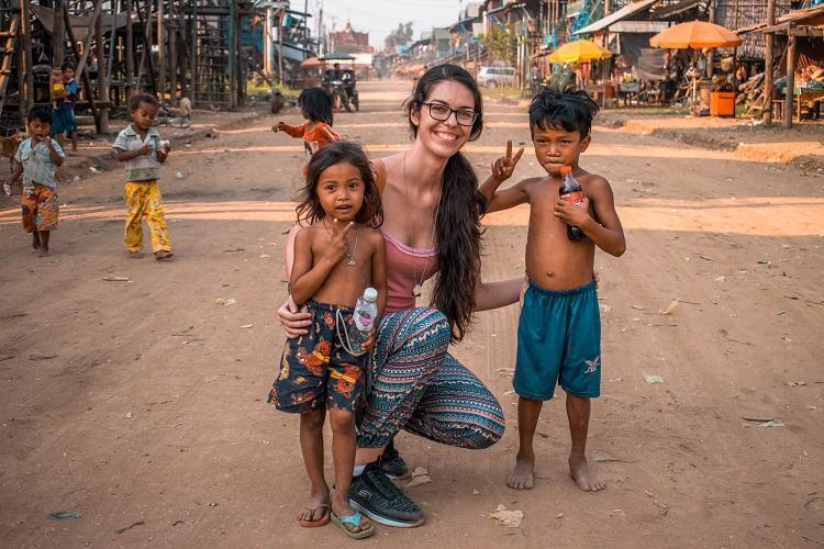 Kampong Phluk wooden stilts houses and children