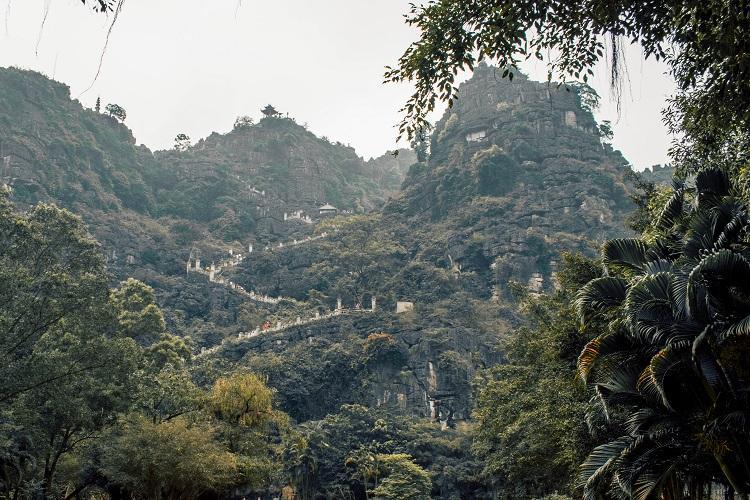 Stairs to Hang Mua Cave Ninh Binh