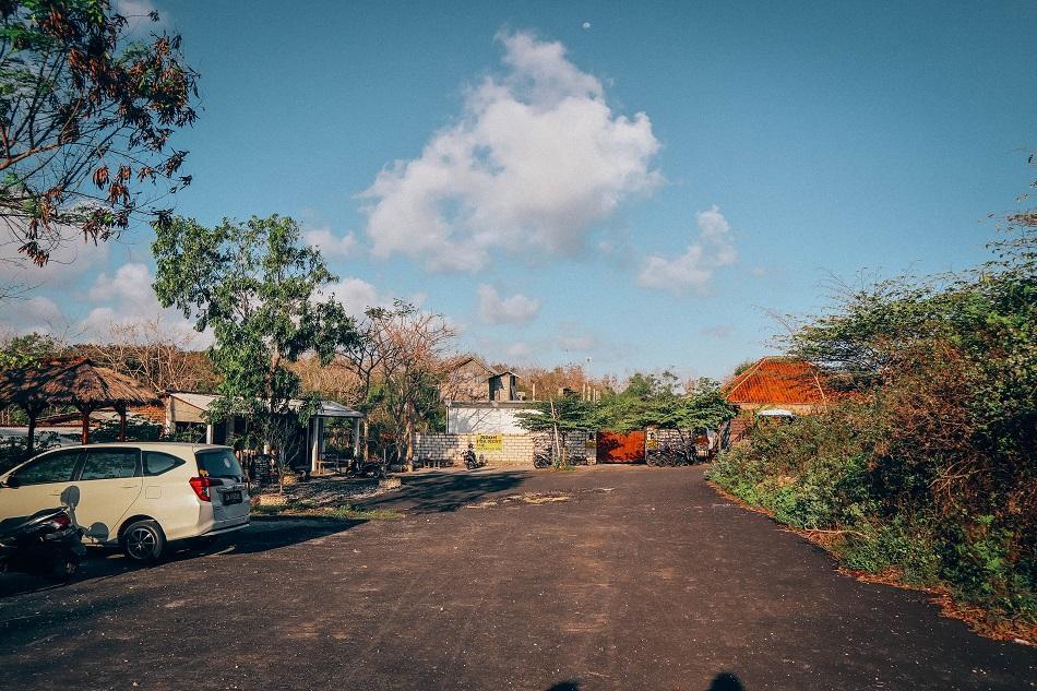 Nyang Nyang Beach Bali parking