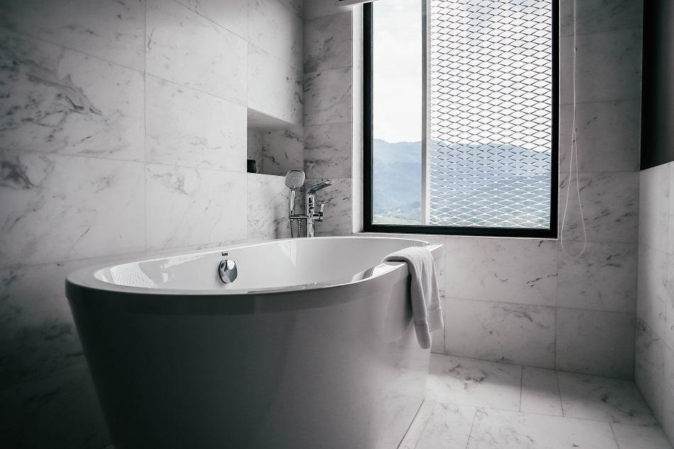 G Hotel Kelawai George Town Executive Premier room bathroom