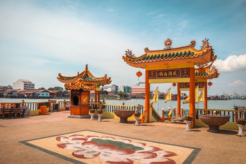 Hean Boo Thean floating temple in George Town, Penang