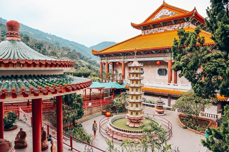 Kek Lok Si Chinese Budhhist Temple in George Town, Penang - what to do in Penang itinerary