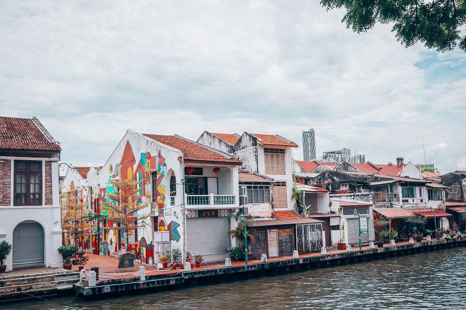 Melaka murals Malacca river