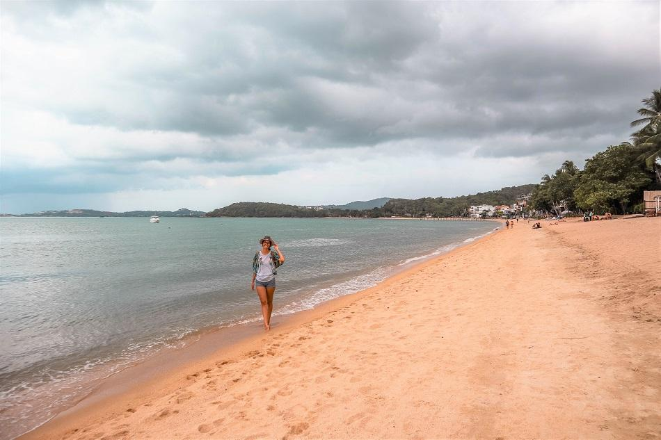 Bophut Beach Koh Samui cloudy - the best beach for swimming