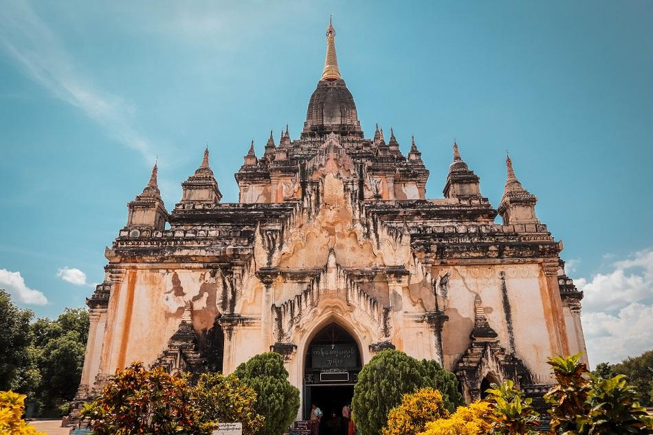 Best temples in Bagan - Gawdawpalin Temple