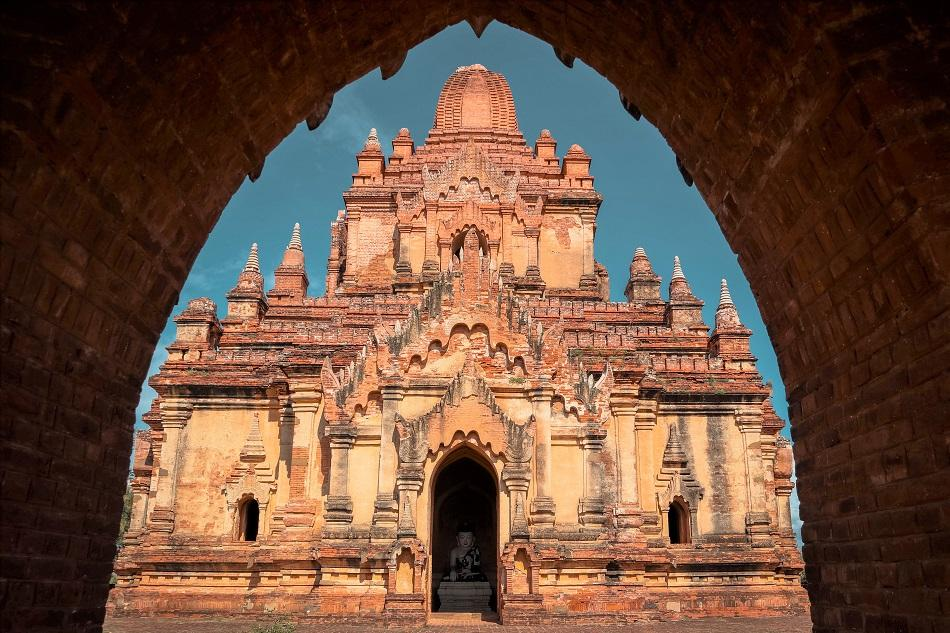 Best temples in Bagan - Myauk Guni Temple