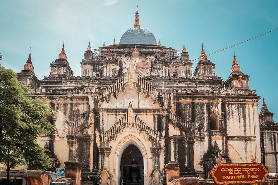Best temples in Bagan - Thatbyinnyu Temple