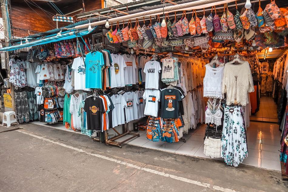 Bophut Fisharman's Village shopping street