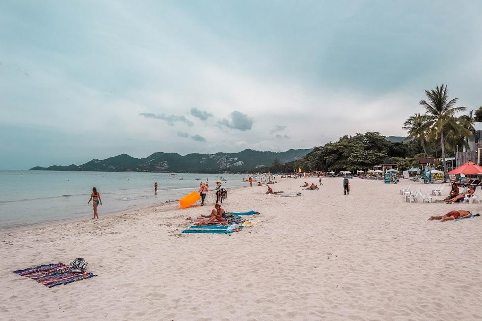 Chaweng beach Koh Samui - the best beach for swimming