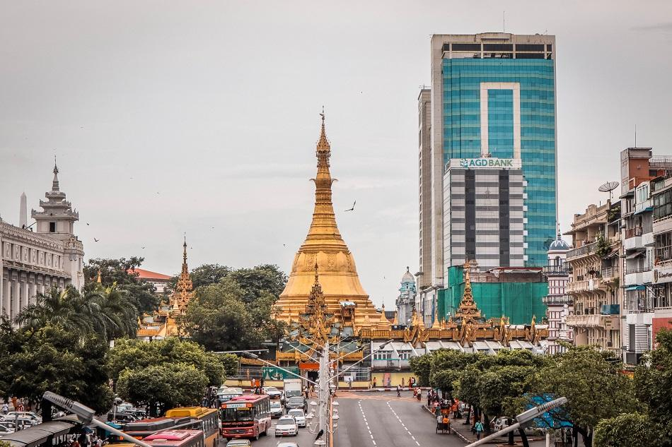 Best Yangon Temples - Sule Pagoda