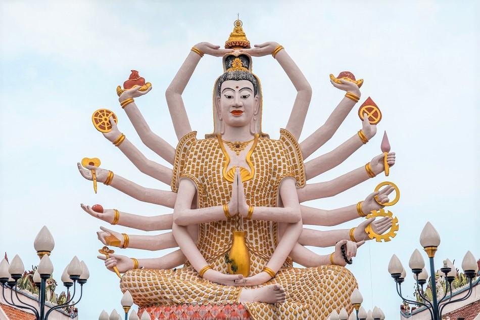 Wat Plai Laem Temple Koh Samui Guanyin statue arms