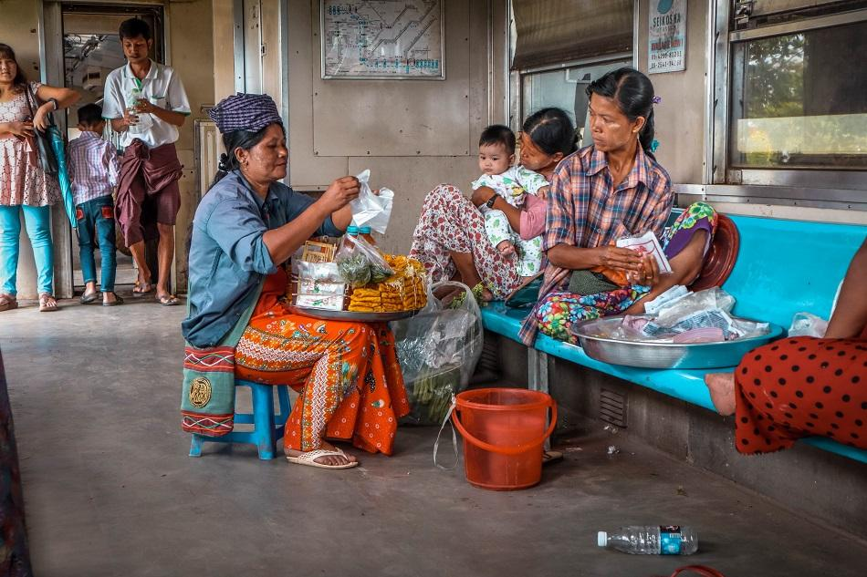 Yangon Circular Train local people - Myanmar hidden gem
