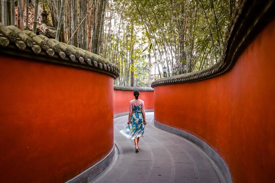 Girl at Wuhou Shrine, Chengdu