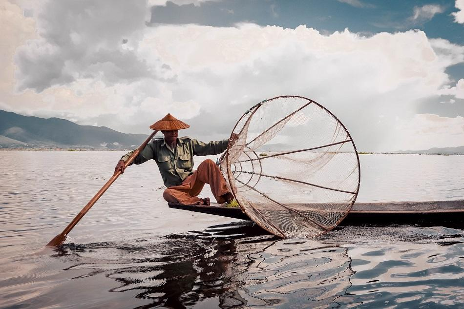 Inle Lake traditional fishermen