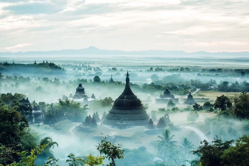 Myanmar photo gallery - Mrauk U,