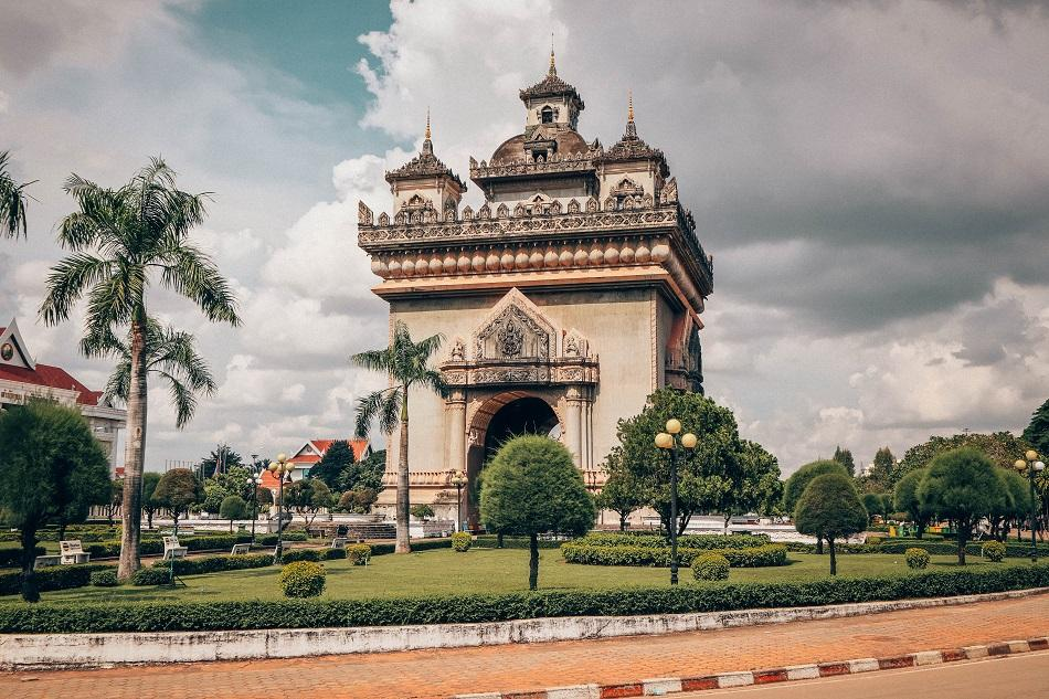 Patuxai Monument, Vientiane