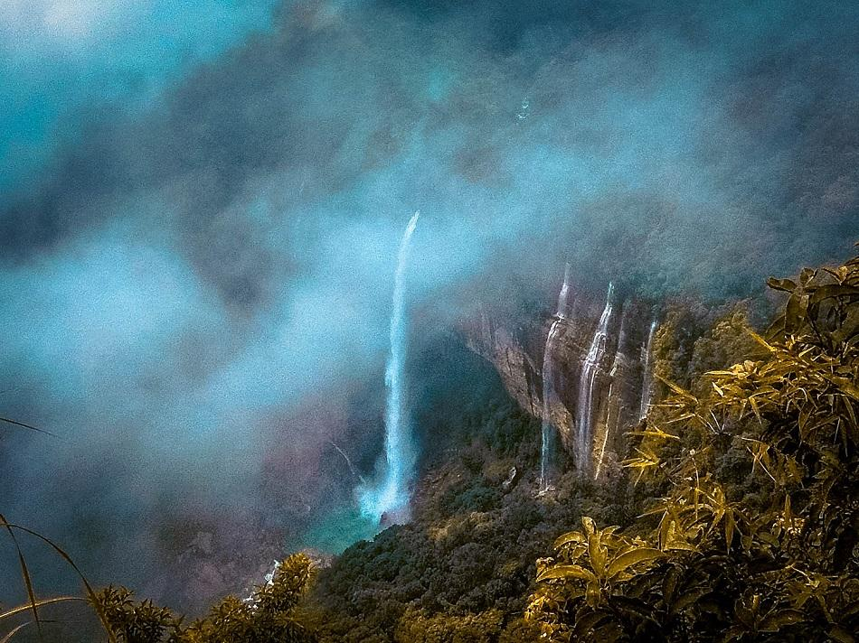 Nohkalikai Waterfall, India