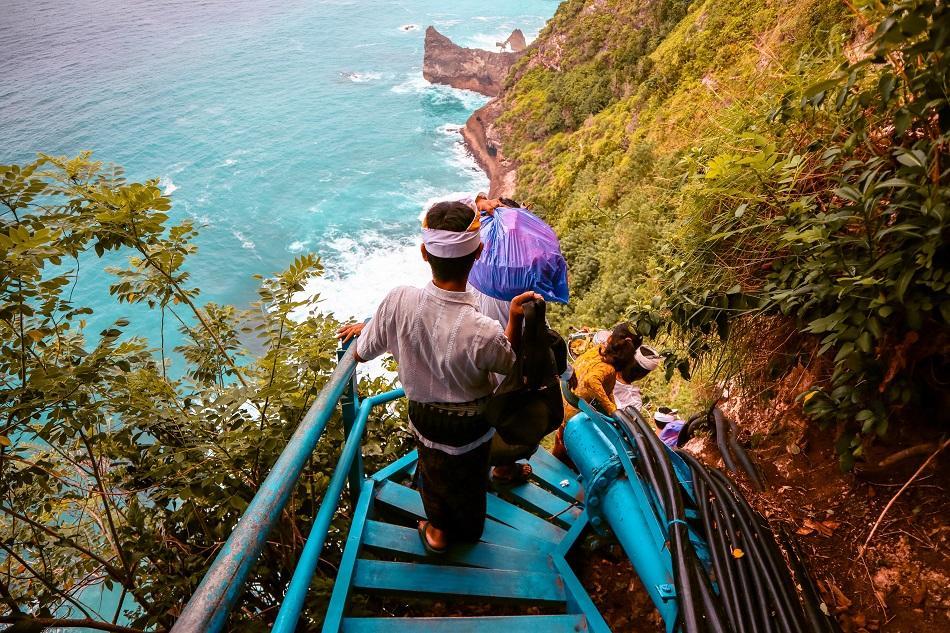 Waterfall blue stairs Nusa Penida