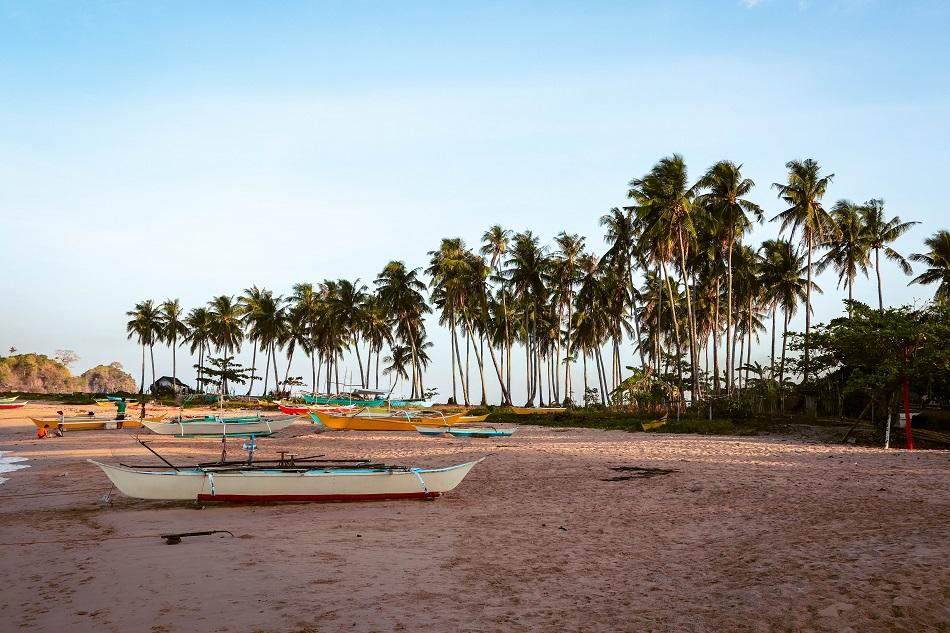 Twin Beach El Nido boats