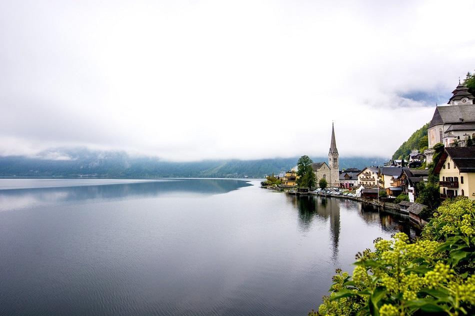 Hallstatt classic view - postcard viewpoint