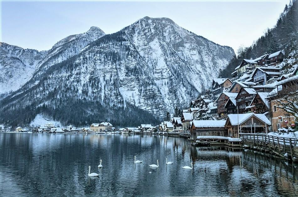 Winter in Hallstatt view