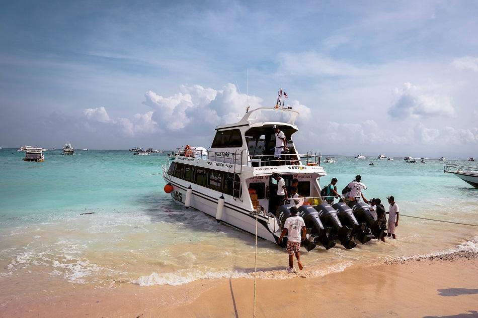 boat at Nusa Lembogan