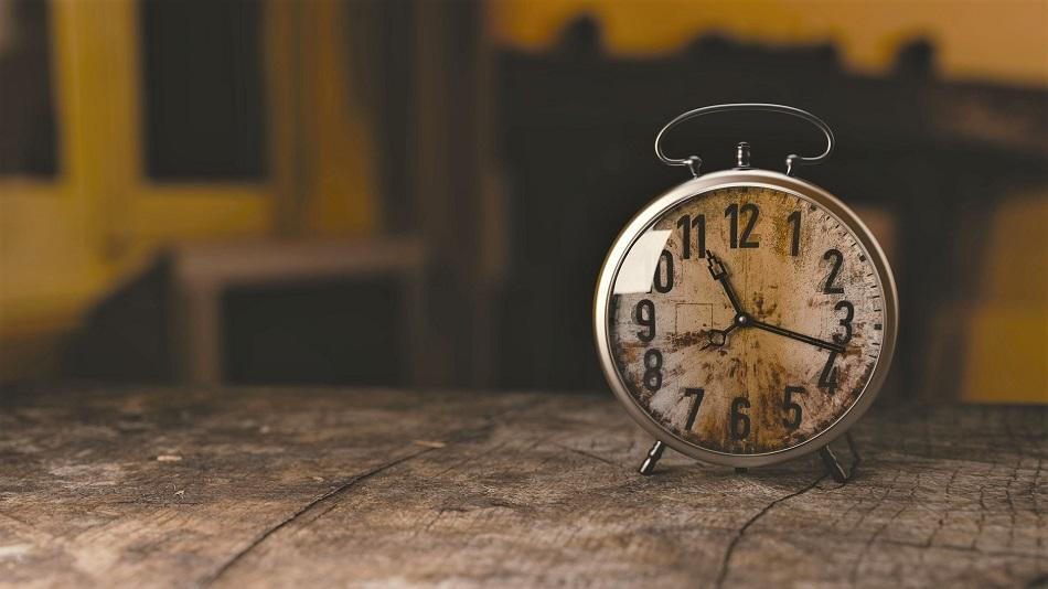 Romanians punctual