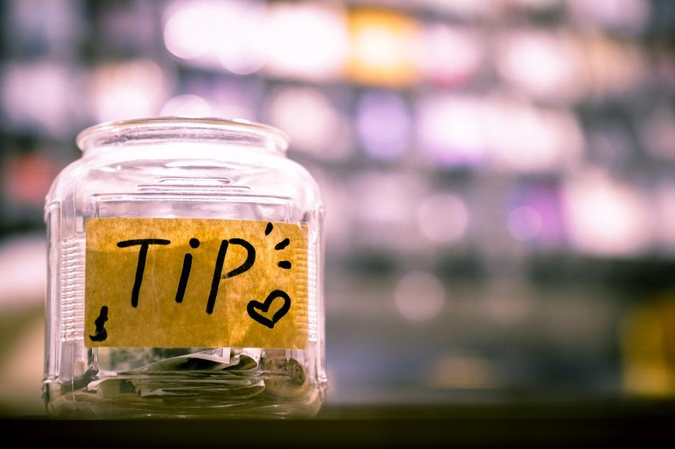 Tipping Etiquette in Romania