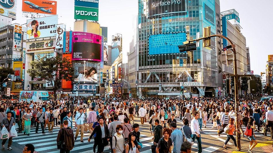 People crossing Shibuya in Tokyo