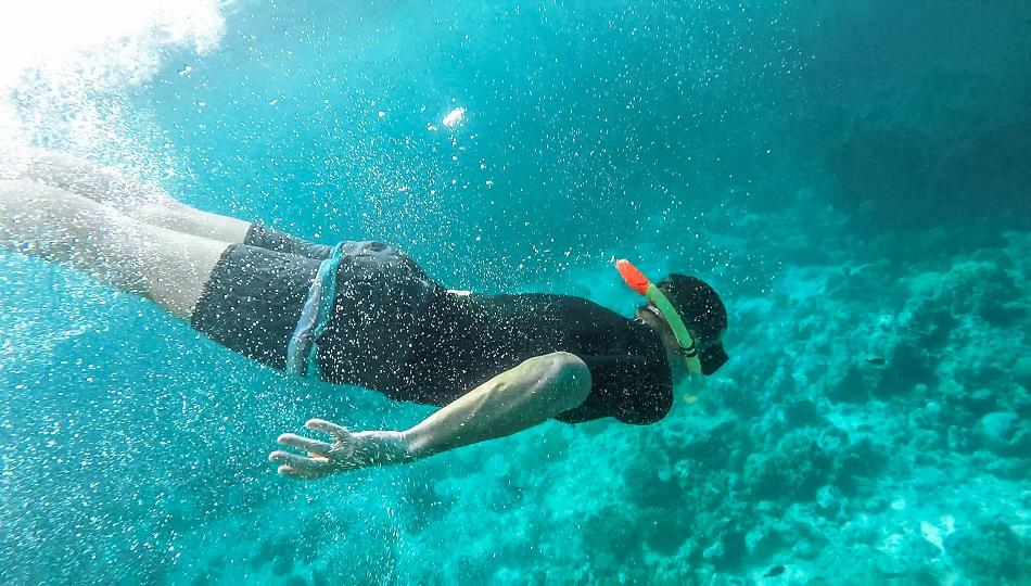 Alona Beach snorkeling Panglao, Bohol