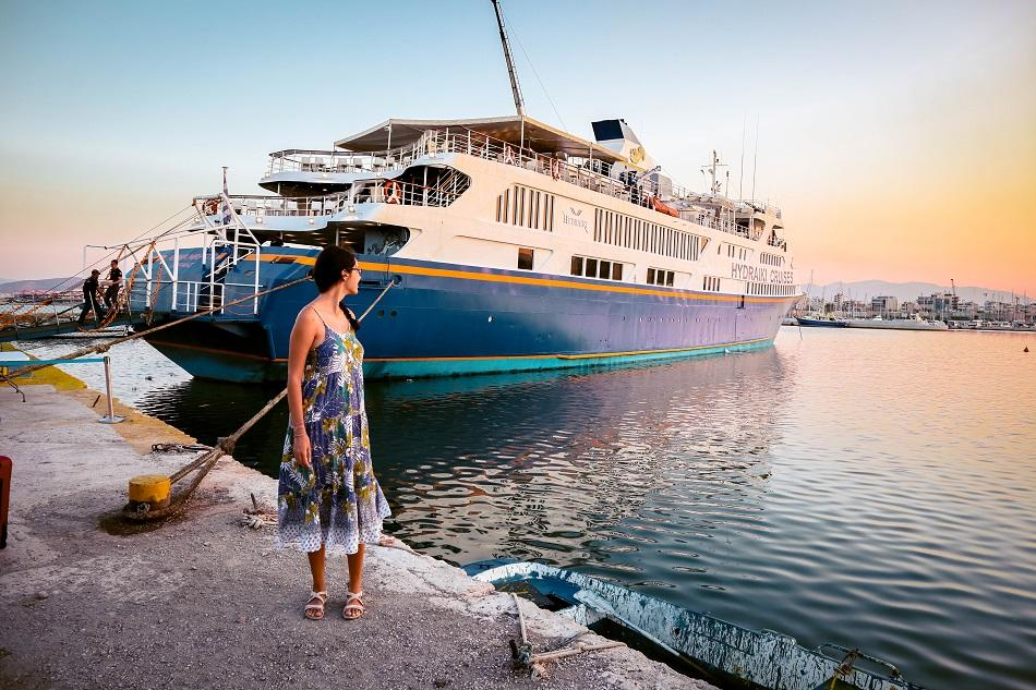 Day cruise from Athens