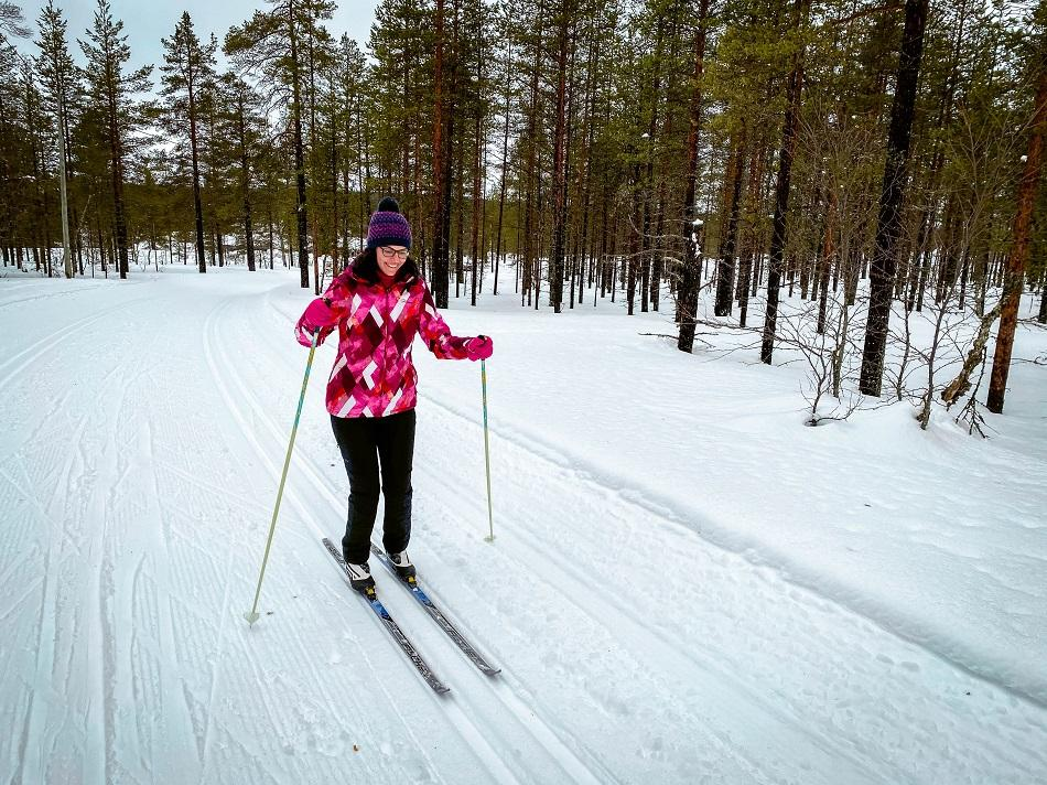 Aurelia Teslaru cross-country skiing in Lapland, Finland