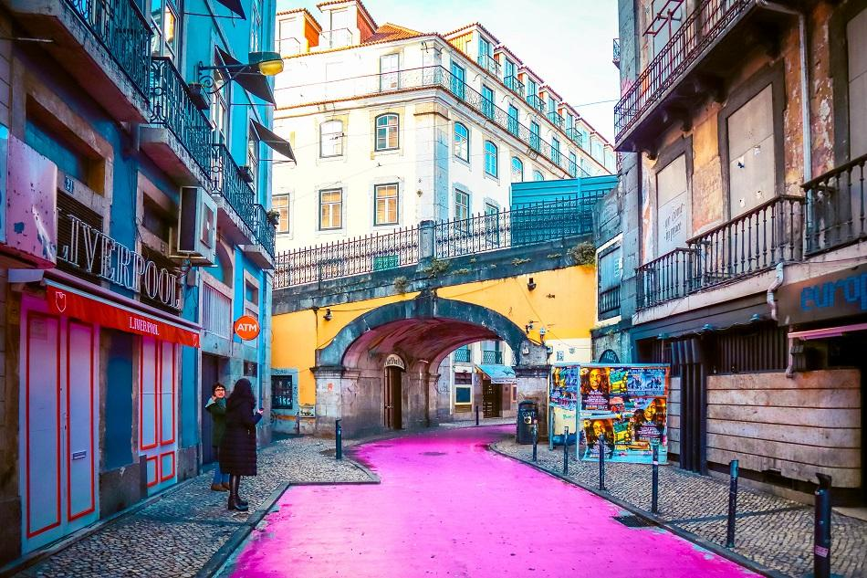 Pink street Lisbon - empty in the morning