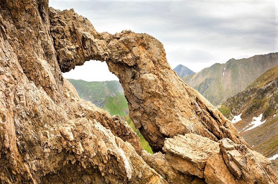 Dragon's Gate Romania