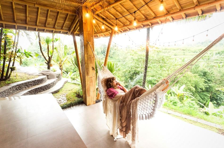 Living in Bali - tree house