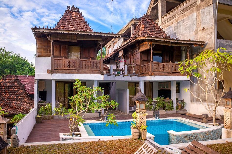 Living in Bali - villa
