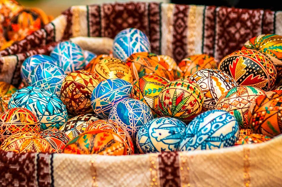 Romanian painted Easter Eggs with traditional motifs. Romanian souvenirs, Romanian gifts ideas