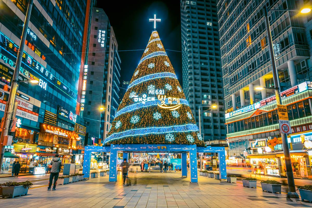 Busan Christmas Tree Festival in winter - things to do in Korea in Winter, winter destinations in Korea, winter activities in South Korea
