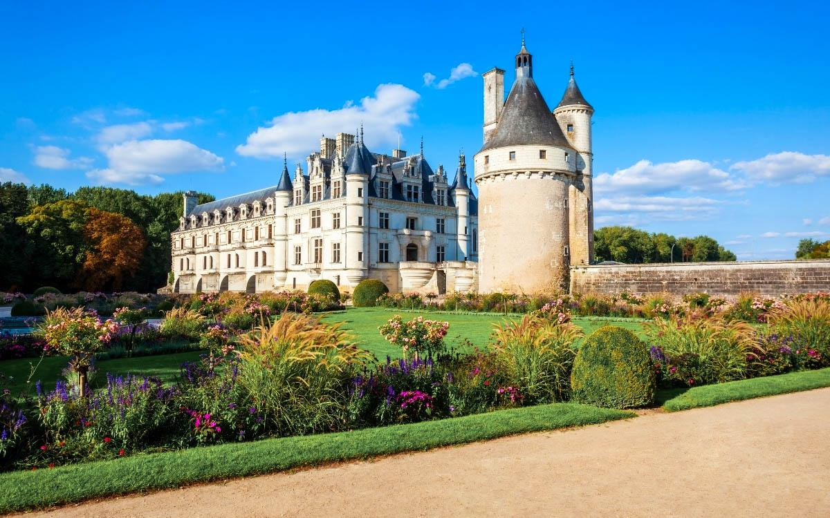 Chateau de Chenonceau, France - the most beautiful castles in Europe, fairytale castles in Europe, top castles in Europe, must-visit castles in Europe. unique castles in Europe