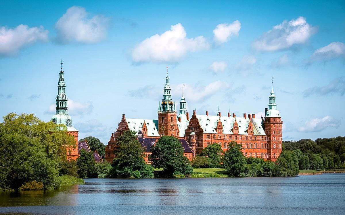 Frederiksborg Castle, Denmark - the most beautiful castles in Europe, fairytale castles in Europe, top castles in Europe, must-visit castles in Europe. unique castles in Europe