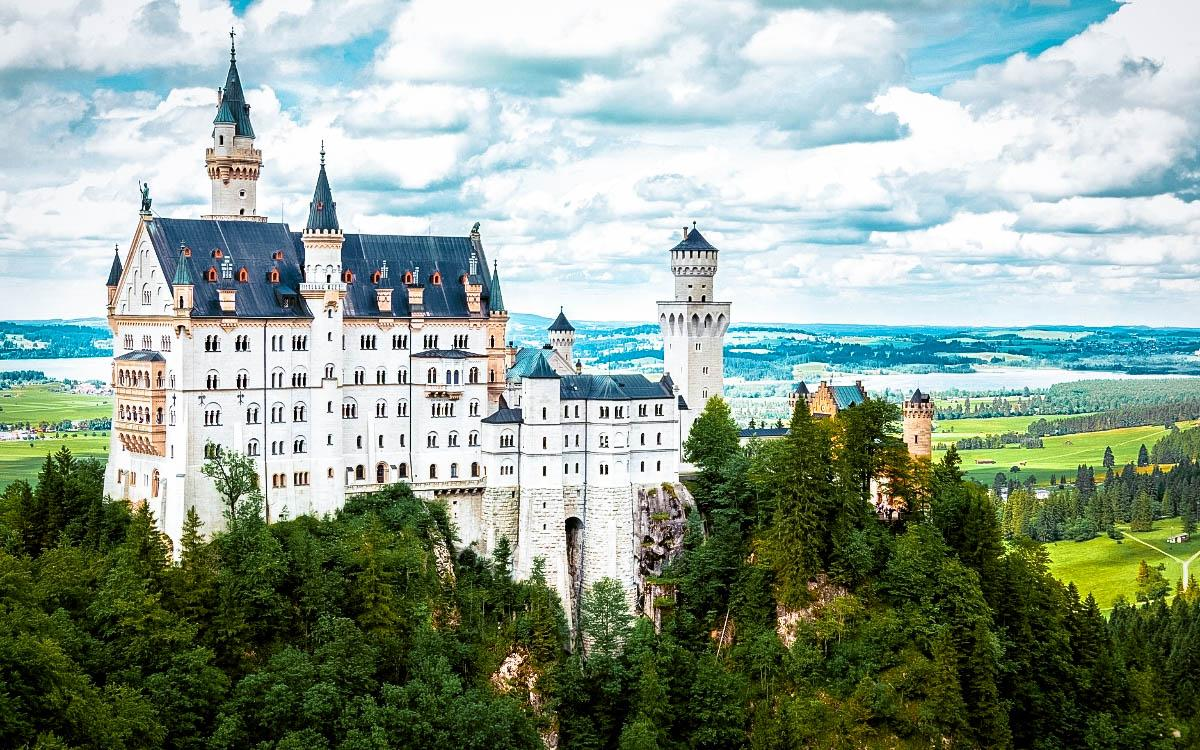 Newschwanstein Castle, Germany - the most beautiful castles in Europe, fairytale castles in Europe, top castles in Europe, must-visit castles in Europe. unique castles in Europe
