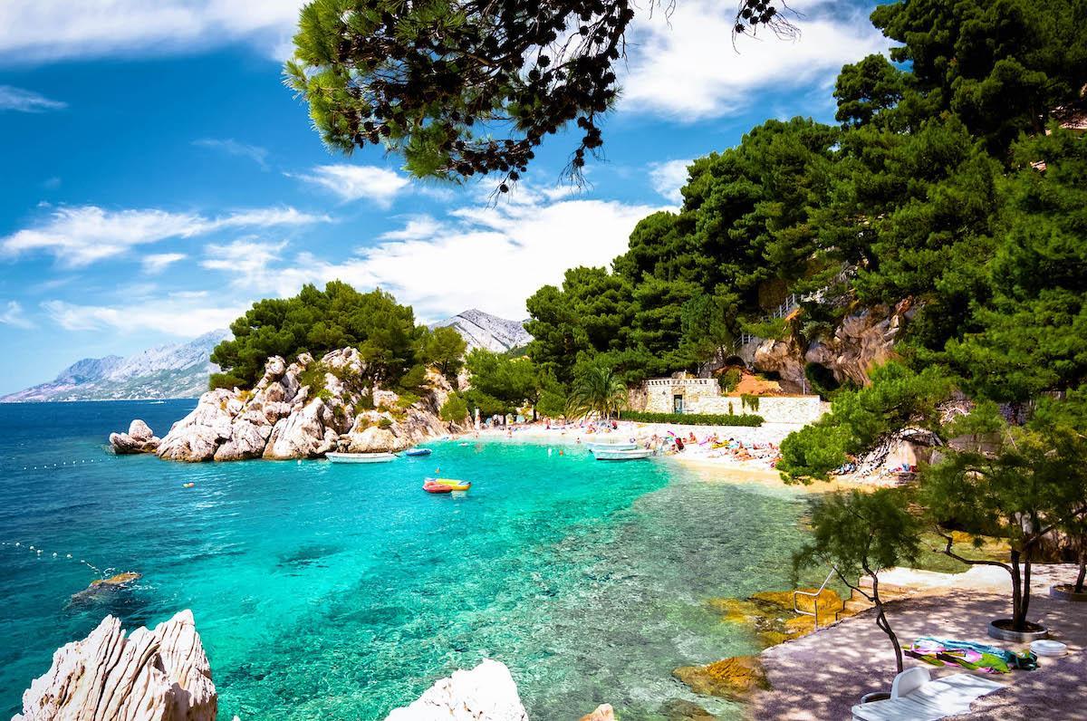 Punta Rata Beach Brela - best beaches in croatia, top beaches in croatia, most beautiful beaches in croatia, hidden beaches in croatia