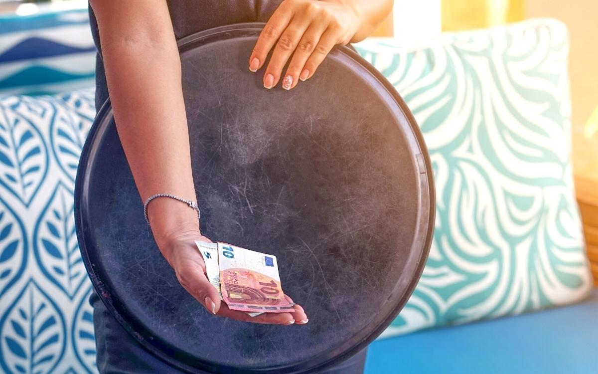 Tipping etiquette in Slovenia, how to tip in Slovenia, how much to tip in Slovenia