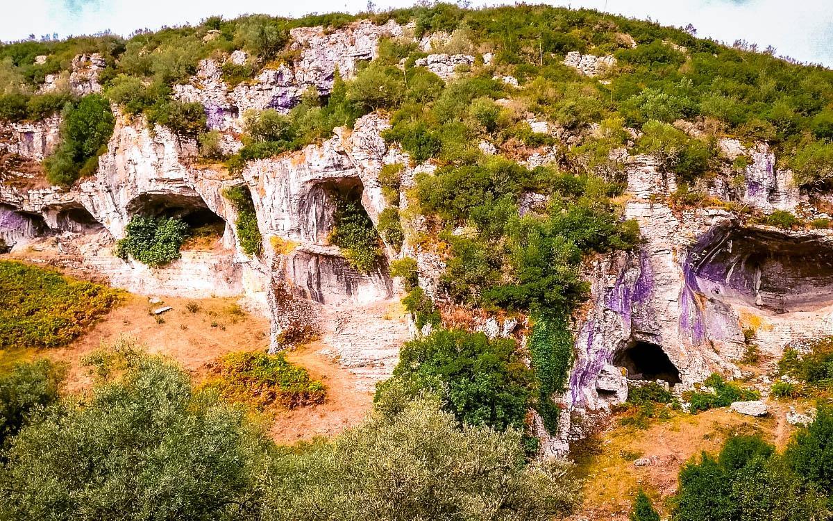 Buracas do Casmilo Portugal caves
