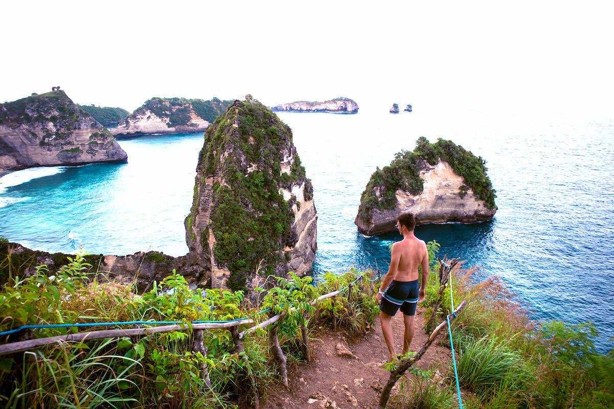 Dan Moldovan at Thousand Island Viewpoint Nusa Penida Bali - Pulau Seribu
